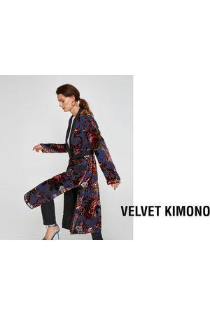 Zara CONTRASTING VELVET KIMONO