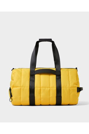 Zara QUILTED BOWLING BAG