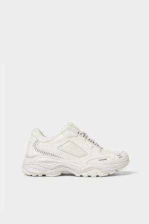 Zara Maxi sole sneakers