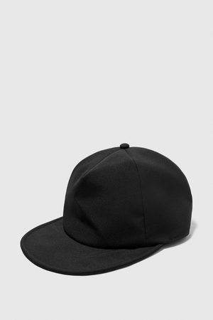 Zara TEXTURED WEAVE FLEXIBLE CAP