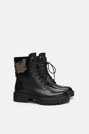 Zara LEATHER BIKER ANKLE BOOTS WITH EMBROIDERED DETAILS