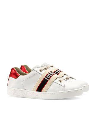 Gucci Pojat Tennarit - Children's Ace sneaker with Gucci stripe