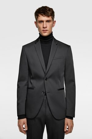 Zara Technical suit blazer