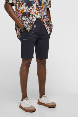 Zara Miehet Bermuda-shortsit - Bermuda shorts with chain