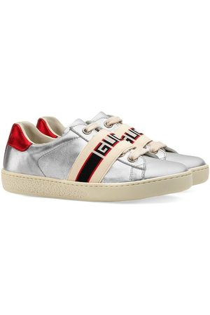 Gucci Pojat Tennarit - Toddler Ace sneaker with Gucci stripe