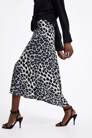 Zara Animal print skirt