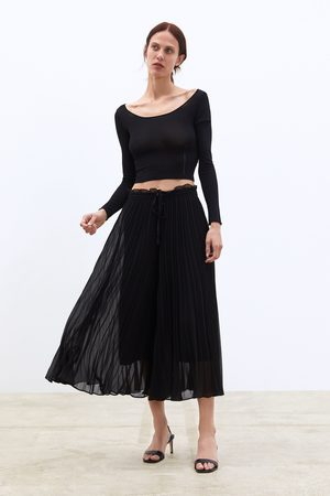 Zara Pleated culottes