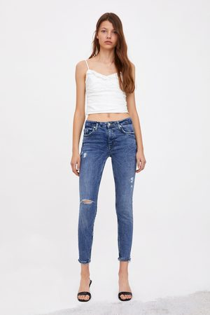 Zara Naiset Kapeat Housut - Mid-rise ripped skinny compact jeans