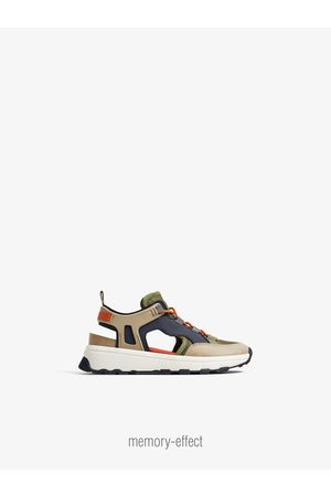 new arrival a4eb3 1a085 Zara Track sole cut-out sneakers