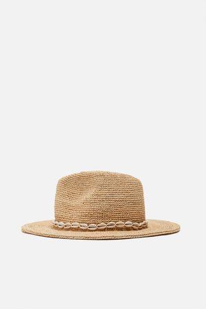 Zara Raffia shell hat