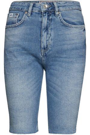 Superdry Naiset Bermuda - Kari Longline Short Shorts Denim Shorts