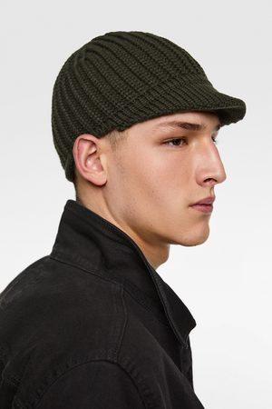 Zara PEAK HAT