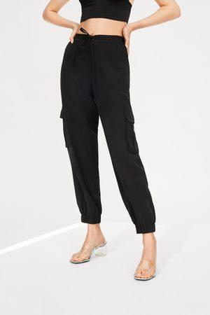 Zara Cargo trousers with pockets