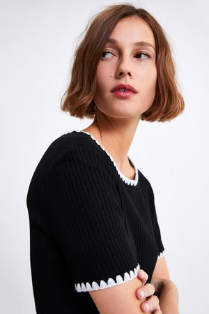 Zara Naiset T-paidat - T-shirt with contrast topstitching