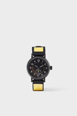 Zara Contrast strap sports watch