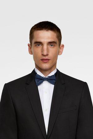 Zara Geometric jacquard bow tie
