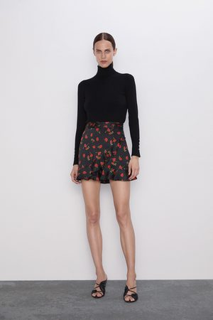 Zara Printed bermuda shorts with ruffles