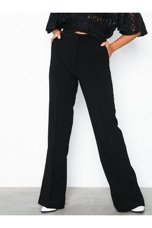 NLY Trend Shaped Suit Pants