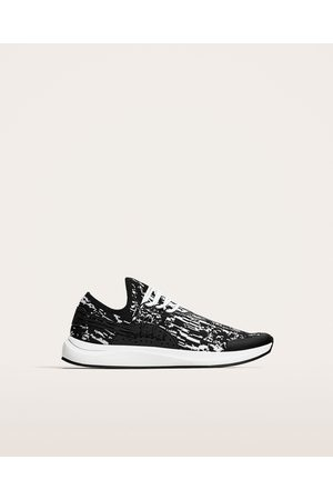 Zara BLACK AND WHITE SOCK-STYLE SNEAKERS