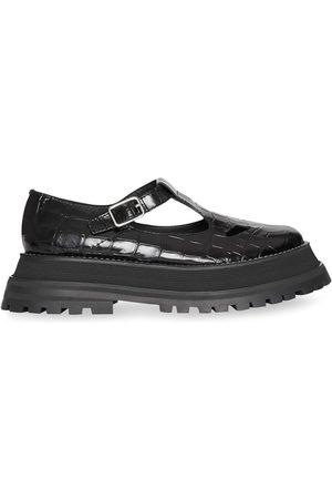 Burberry Naiset Juhlakengät - Patent Leather T-bar Shoes