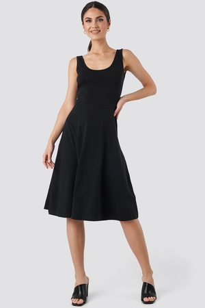 Trendyol Sleeveless Jersey Midi Dress - Black
