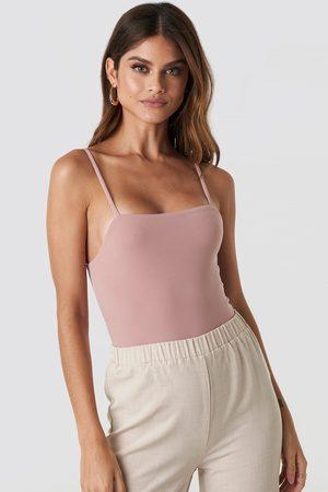 NA-KD Thin Strap Bodysuit - Pink