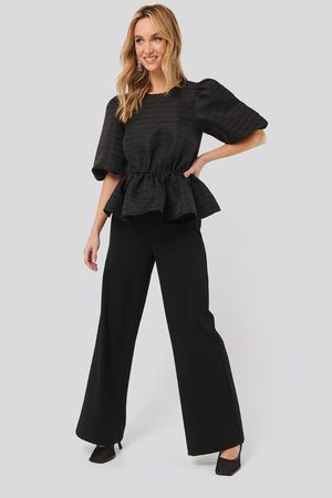 NA-KD Straight Fit Trousers - Black