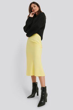 NA-KD Satin Skirt - Yellow