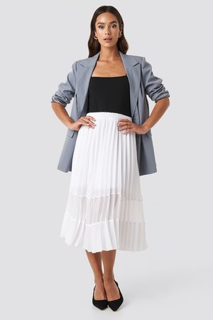 NA-KD Co-ord Pleated Panel Midi Skirt - White