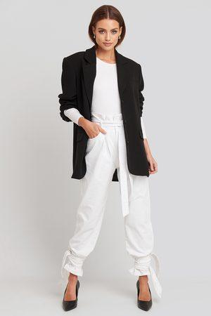 NA-KD Tie Hem Paperbag Waist Jeans - White