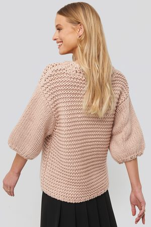 NA-KD Detail Neck Short Sleeve Sweater - Pink