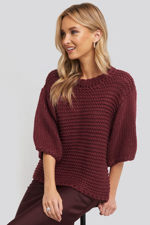 NA-KD Detail Neck Short Sleeve Sweater - Red