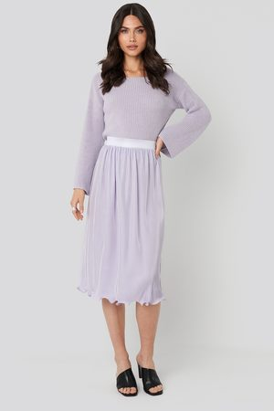 NA-KD Pleated Detailed Hem Skirt - Purple