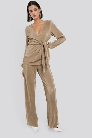 NA-KD Wide Pleated Trousers