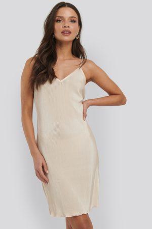 NA-KD Pleated Slip Dress - Yellow