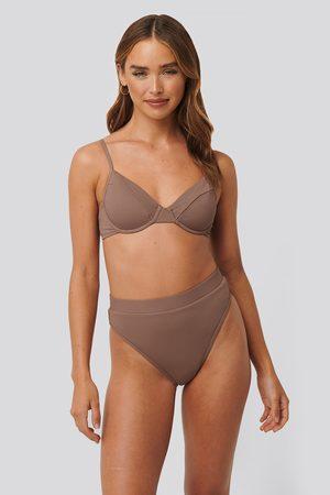 NA-KD Naiset Bikinit - Structured Edge Maxi Highwaist Panty - Brown
