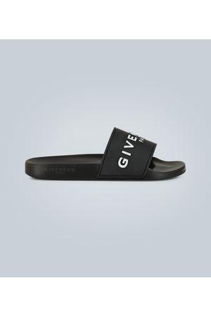 Givenchy Miehet Sandaalit - Flat sandals
