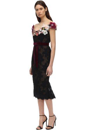 Marchesa Naiset Olkaimettomat Mekot - Lace Off-the-shoulder Dress