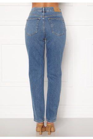 Vero Moda Naiset Farkut - Sara Relaxed Jeans Medium Blue Denim 27/32