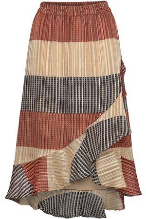 Second Female Board Mw Wrap Skirt Polvipituinen Hame Monivärinen/Kuvioitu