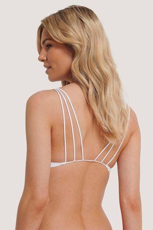 NA-KD Olkaimellinen Vacay-Bikinitoppi - White