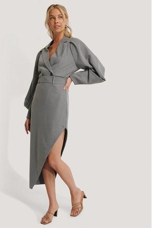 NA-KD Maxi Tailored Asymmetric Skirt - Grey