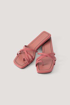 Frans sandaalit, Pink