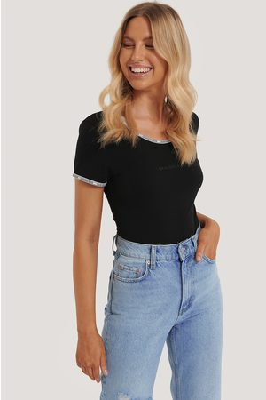 Calvin Klein Naiset Bodyt - Lyhythihainen Bodysuit - Black