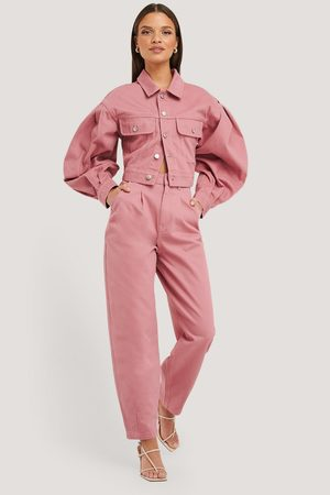 NA-KD Front Dart Slouchy Jeans - Pink