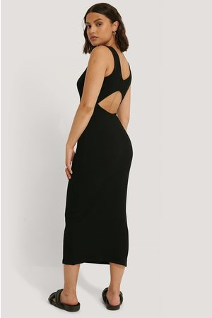 NA-KD Open Back Sleeveless Dress - Black