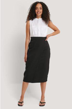 NA-KD Classic Tailored Overlap Midi Skirt - Black