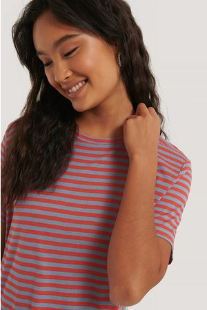 NA-KD Naiset T-paidat - Striped Viscose Tee - Multicolor
