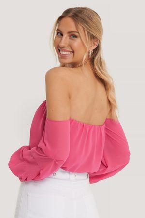 Pamela x NA-KD Reborn Naiset Olkaimettomat Mekot - Off Shoulder -Mekko Pallohihoilla - Pink