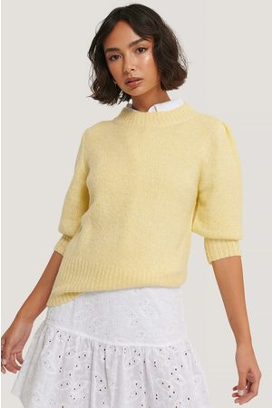 NA-KD Short Puff Sleeve Knitted Sweater - Yellow